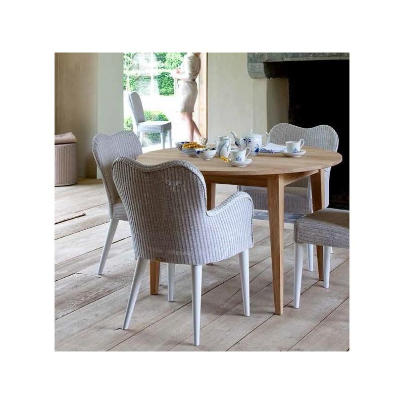 table ronde avec allonges de 50 cm mod le lille par vincent sheppard. Black Bedroom Furniture Sets. Home Design Ideas
