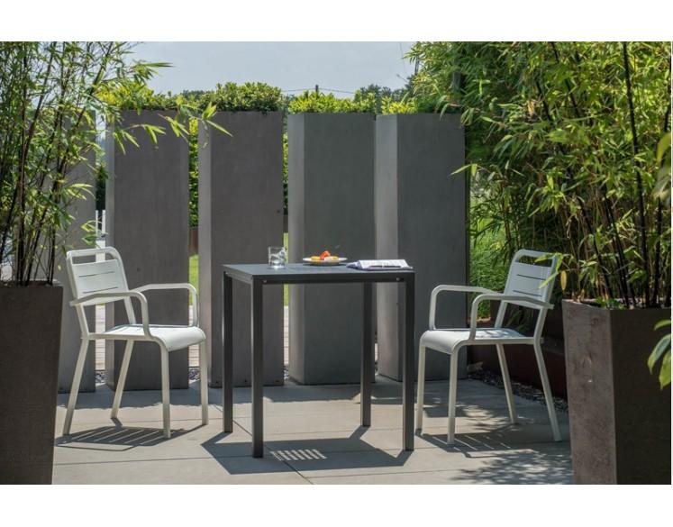 Table carrée URBAN 80 x 80 cm